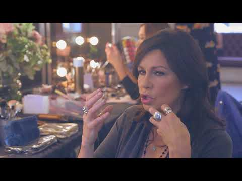 """Julie Graham: """"When it comes to makeup, less is more"""""""