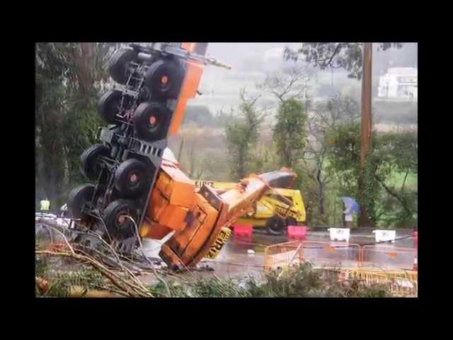 ACCIDENTE DE AUTOGRUA EN BAIO 13/12/2012 Videos De Viajes
