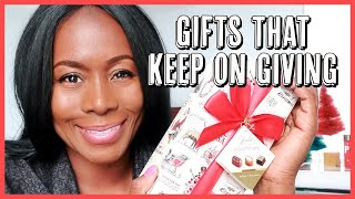 GIFT GIVING | THE GIFT THAT KEEPS ON GIVING | VLOGMAS DAY 5 | ISOWA GALLERY