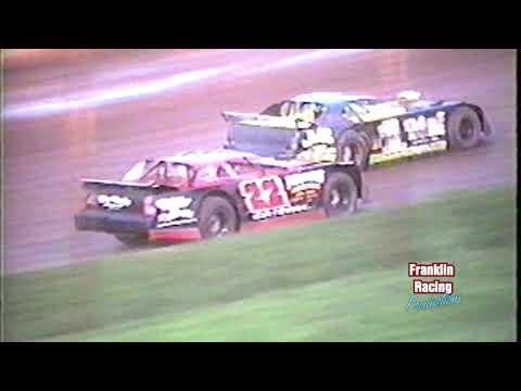 Dixie Speedway Woodstock Ga  Super Bombers 8 23 03