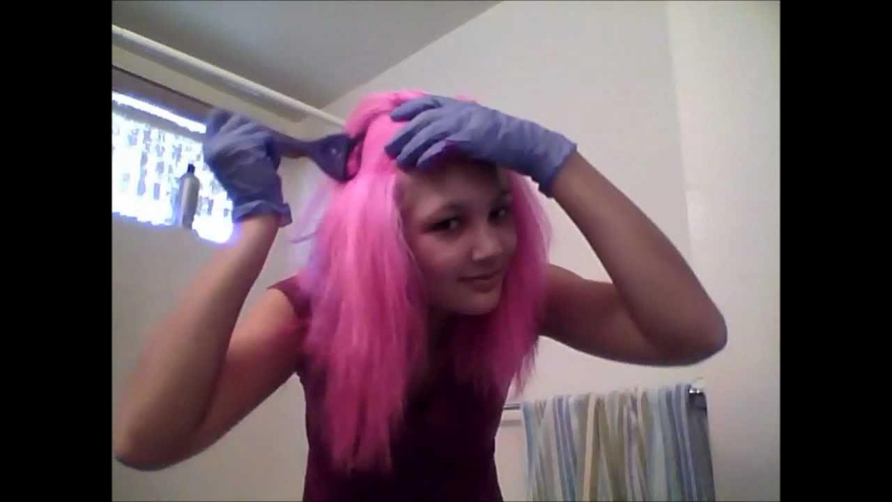 Couleur de cheveux rose fuchsia