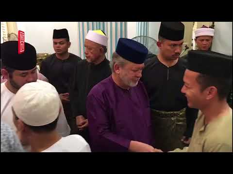 Sultan Johor solat sunat Aidiladha bersama 1,000 jemaah