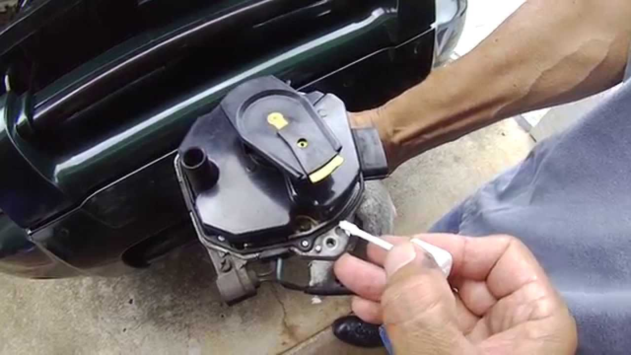 small resolution of nissan frontier distributor installation mark your distributor to orient it youtube