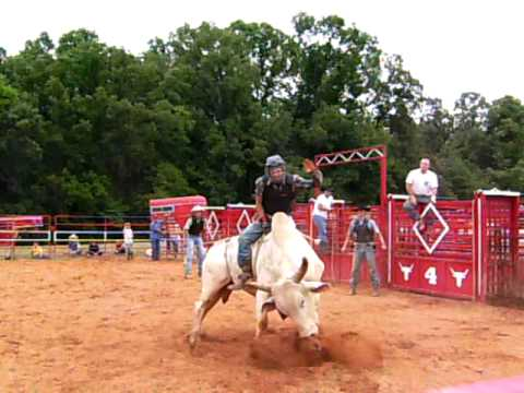 how to build a bucking barrel