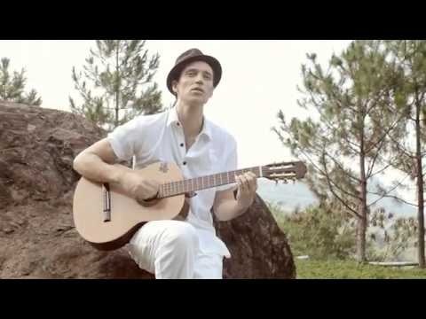 Julien Drolon ft Heliza Helmi   You Are The One Official Music Video