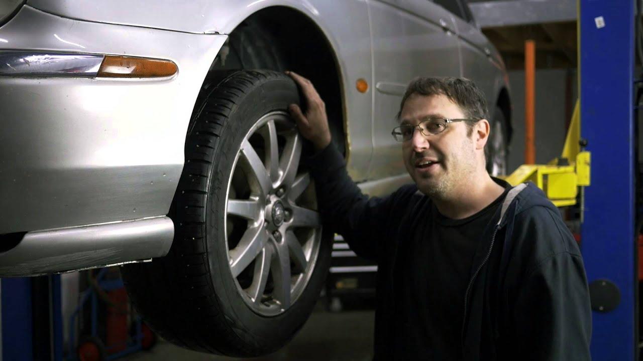 Votre voiture qui tire gauche ou droite chroniques for Garage qui echange voiture