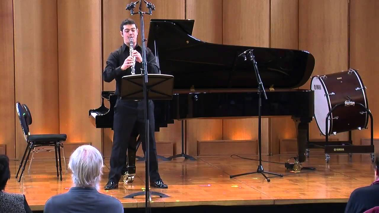 Bruno Mantovani: Bug for Solo Clarinet