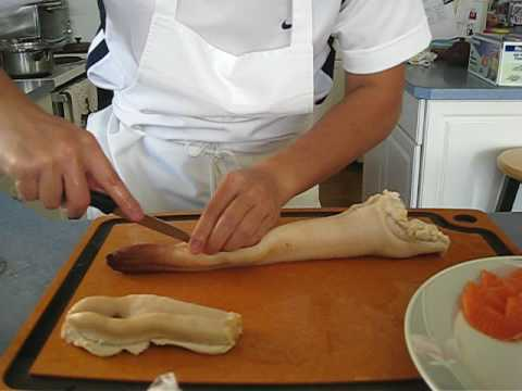 Geoduck Part III - removed the shell and served within 5 minutes