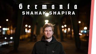 Shahak Shapira über Israel, Gasmasken und Galgenhumor