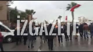 İzmir Adliyesi'nde 'hükümet istifa' sesleri