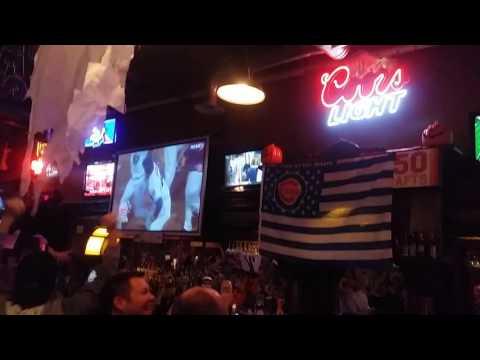 Cubs Fans Celebrate NLCS Title @ Sports Column Bar in Denver