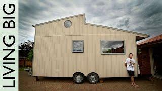 Amazing Diy Off-grid Modern Tiny House