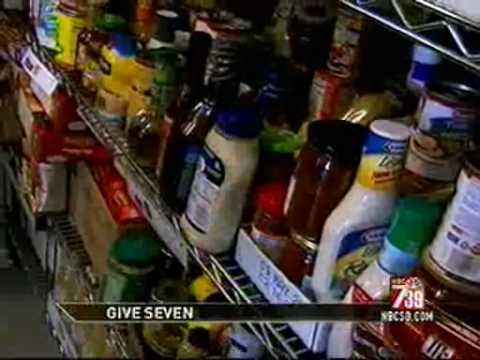 Hand Up Youth Food Pantry On NBC San Diego News (032610).wmv