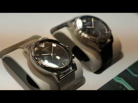 Смотрим люксовые Android-часы Armani