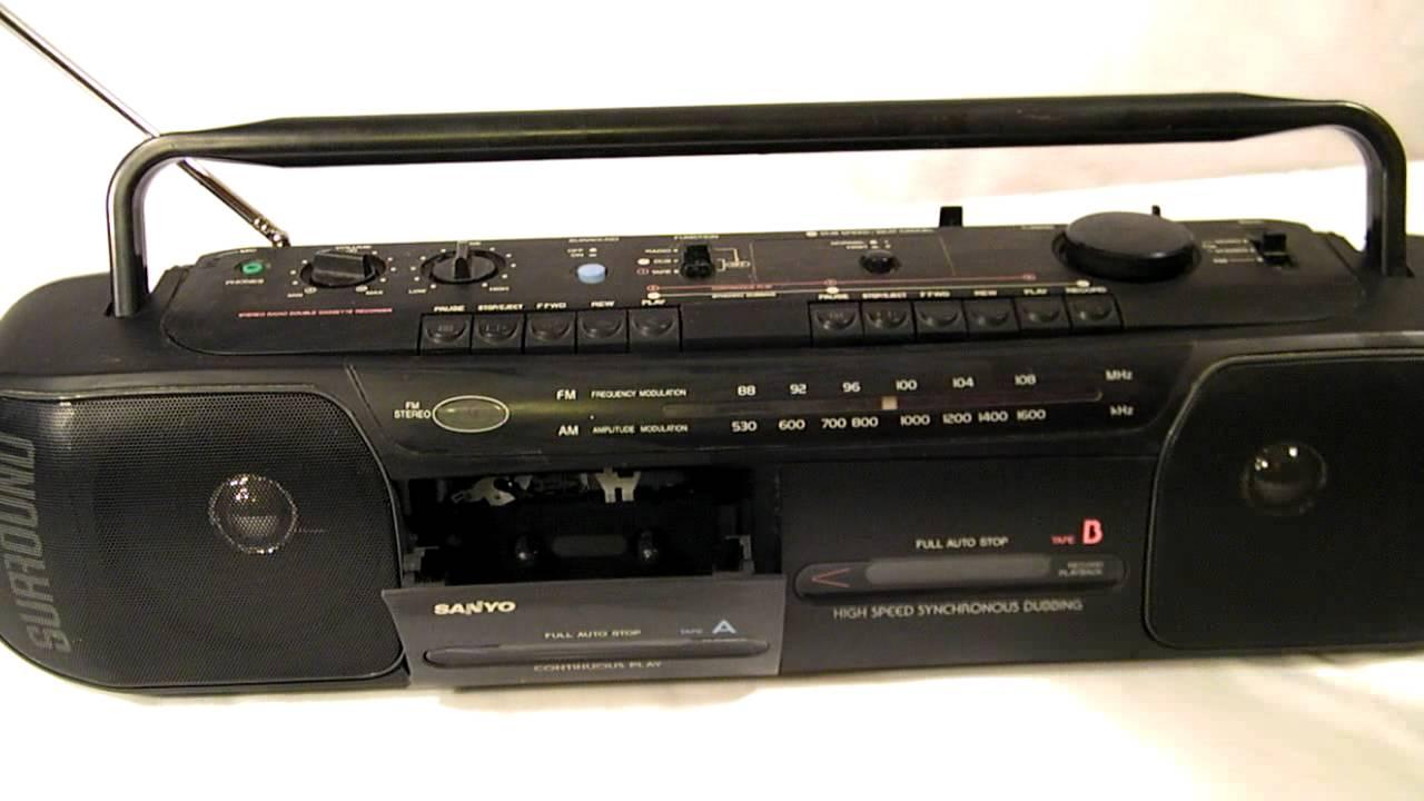 80's SANYO AM/FM RADIO BOOMBOX RADIO Model M W731 - YouTube