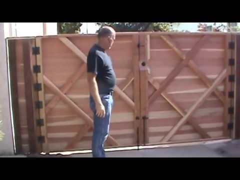 Double Swinger Horizontal Wood Driveway Gate Newest