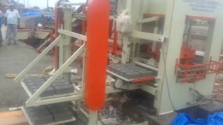 Fully Automatic Fly Ash Brick Making Machine with Automatic Pallet Stacker - ENDEAVOUR-i
