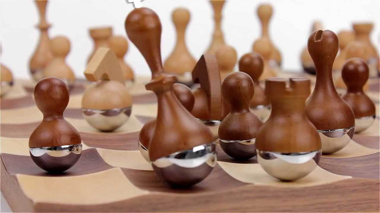 Umbra wobble chess set youtube - Umbra chess set ...
