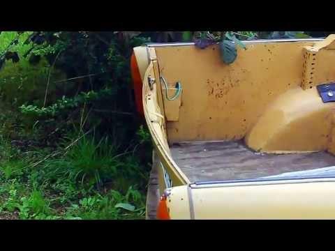 Der Trabi Trabant das Auto der ehemaligen DDR hier als Picup Version