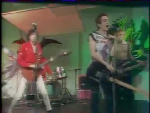 The Clash: Complete Control: 1977