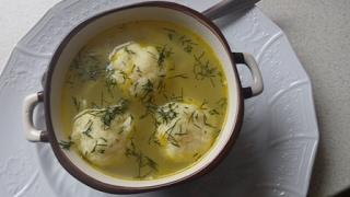 Суп с сырными фрикадельками.очень вкусно.