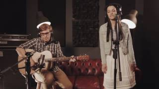 The Vela Tides - Proud Mary (acoustic cover of Tina Turner's Proud Marry)