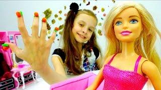 Игра одевалка для куклы Барби - Модный Маникюр