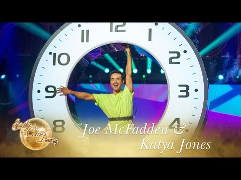 Joe and Katya Salsa to 'Ride On Time' - Strictly Come Dancing 2017