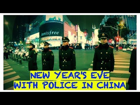 NEW YEAR'S EVE WITH POLICE IN CHINA | SHANGHAI TRAVEL VLOG #DAY 3