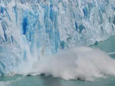 Travel tips for visiting Argentina's incredible Perito Moreno glacier