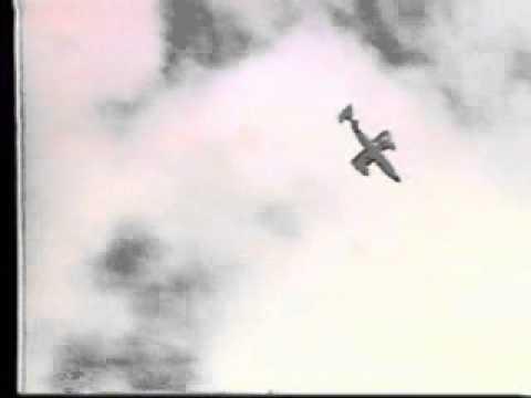 Partinavia P68 airshow crash