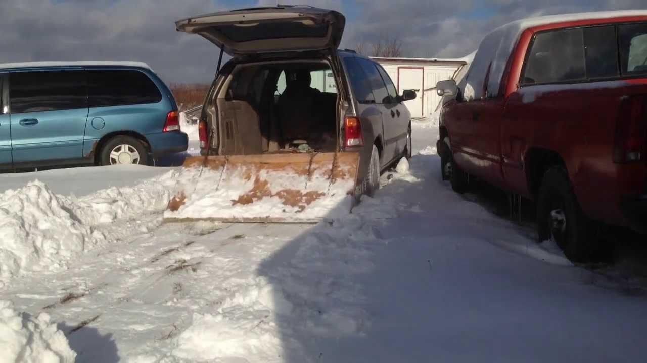 simple mini van snow plow hooks up in 1 minute youtube. Black Bedroom Furniture Sets. Home Design Ideas