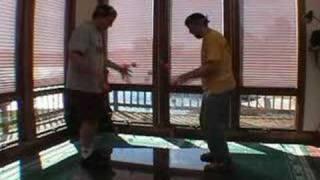World Record 16 ball juggling