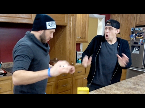 VALENTINE'S DAY PRANKS with ROMAN ATWOOD - HOW TO PRANK