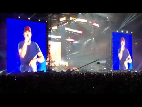 Luke Bryan Live at Wrigley Field Sunrise, Sunburn, Sunset!!