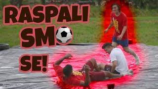 IGRAMO NOGOMET NA SKLISKOM (SLIP AND SLIDE) | Dino, Frenki, Bruno & Leo w/ 8rasta9