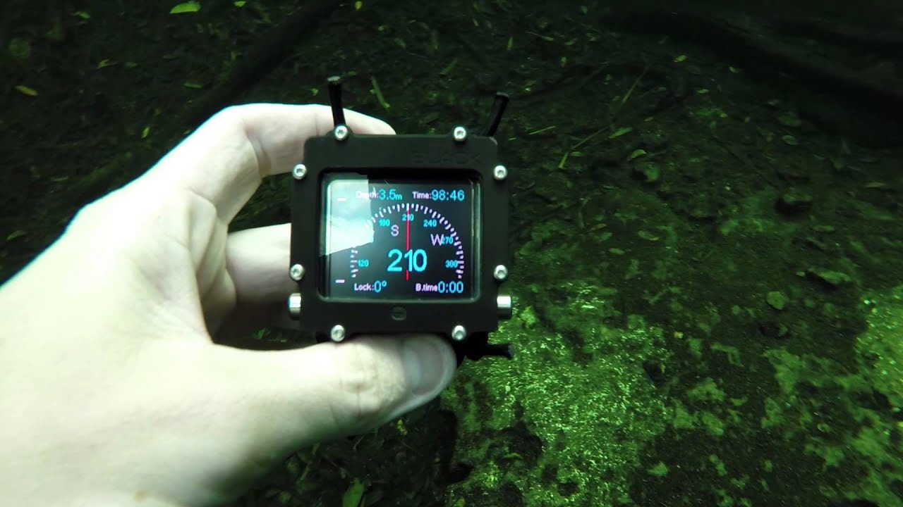 Using Compasses for Diving