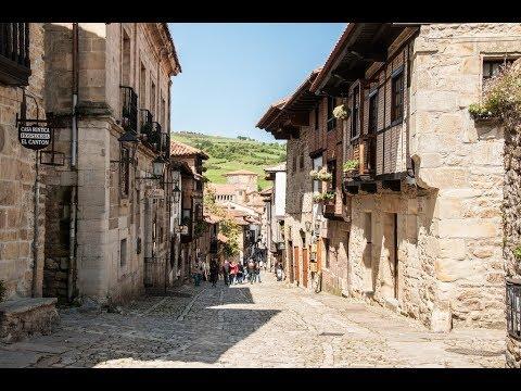 Places to see in ( Cantabria - Spain ) Santillana del Mar