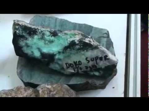 Indonesian Gemstone (Indogems.tv) - Batu Bacan (Chrysocolla)