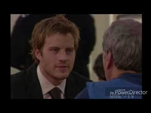 EastEnders Johnny Allen vs Sean Slater (19th October 2006)