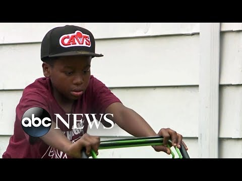 Neighborly dispute pays off for young lawn-mowing entrepreneur from YouTube · Duration:  2 minutes 23 seconds