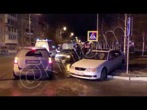 В Сургуте в ДТП пострадали два пассажира ЯТакси