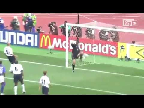 Ronaldinho best skills