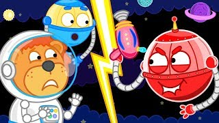 Lion Family New Adventure of Little Lion in the Space. He visits Ro...
