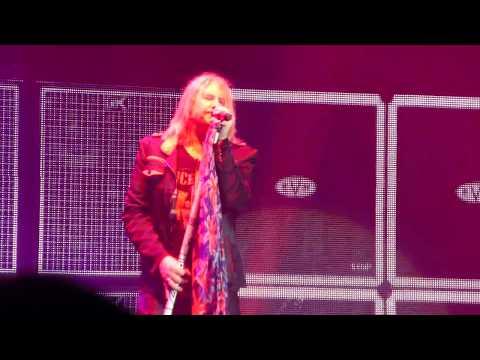 Def Leppard - Dangerous (Live at Wembley Arena 2015)