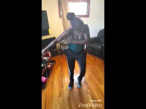 Lyve bounce dance @_toewhoppintina_