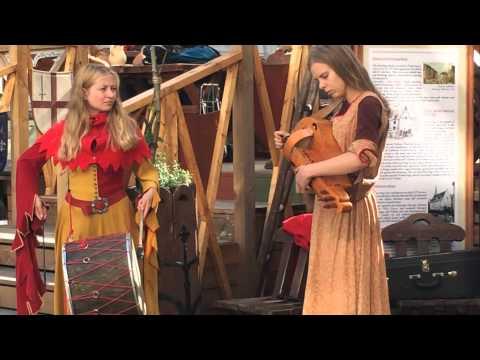 Olde Hansa Restaurant. Tallinn. Medieval music.