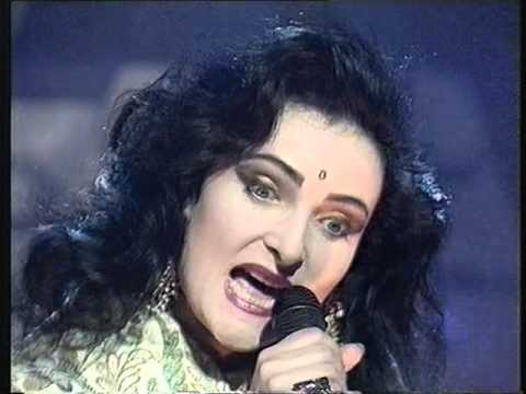 Siouxsie & The Banshees Kiss Them For Me Top Of The Pops 30/05/91