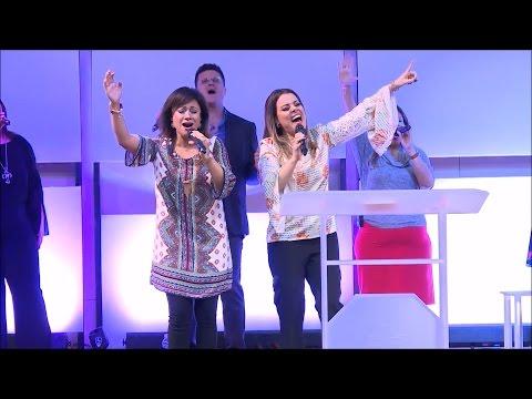 EL GRAN YO SOY (Great I Am) | Julissa feat. Ana Paula Valadão Bessa | Live | 2017