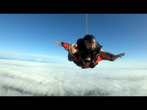 Learning to skydive with the Canadian military